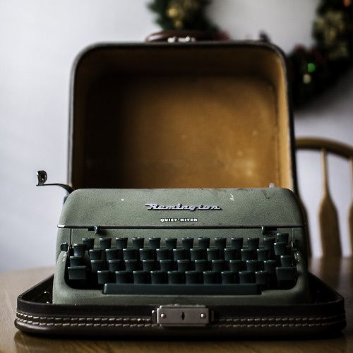 typewriter (barely vintage)