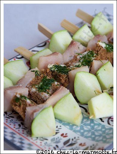 Brochettes apéritives au hareng fumé | Marmotte cuisine !