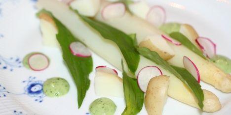 Salat med ramsløg