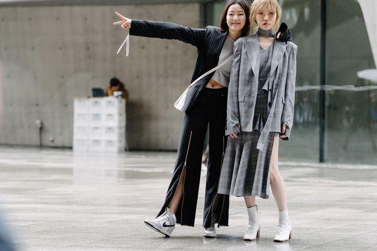 230 Best Korea Fashion Week Images On Pinterest Fashion Weeks Korea Fashion And Korean Fashion
