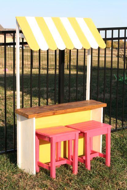 Lemonade Stand a cute cool idea