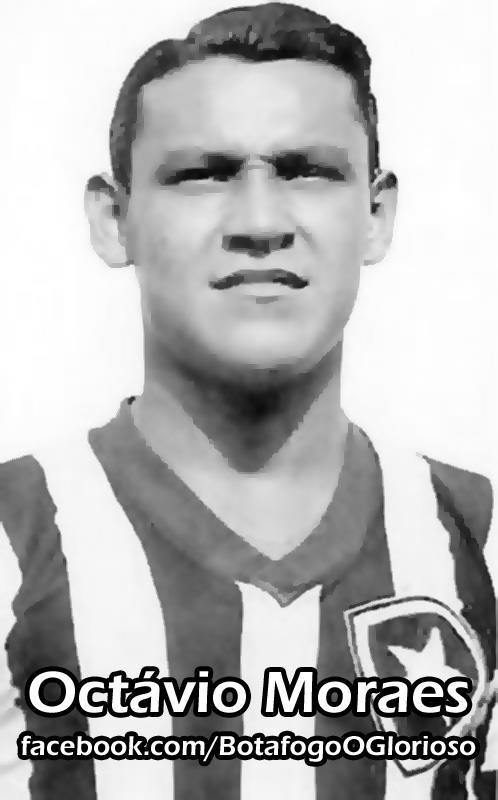 Como jogador de futebol, Octávio Moraes foi atacante do Botafogo de Futebol e Regatas. Jogou ao lado de Heleno de Freitas, Sílvio Pirilo, Paraguaio entre outros. Ajudou o clube, com seus gols, a conquistar seu primeiro título após a fusão: o Campeonato Carioca de Futebol de 1948, onde foi artilheiro máximo naquele ano. O jogador chegou também a Seleção Brasileira de Futebol em 1949. Pelo Brasil, fez 4 jogos, enquanto era jogador do Botafogo, e marcou 1 gol. .#jorgenca