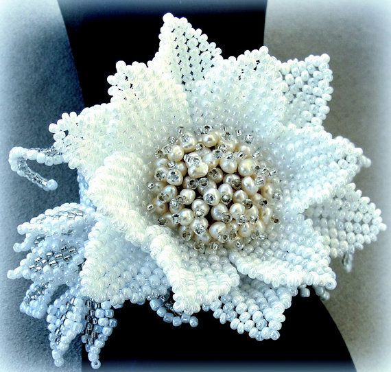 Exclusive handmade beaded bracelet with water lily and pearls - Bridal bracelet with white lotus