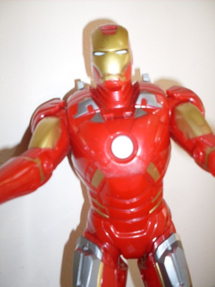 boneco homem ferro marvel hasbro 2012 - 30 cm emite sons