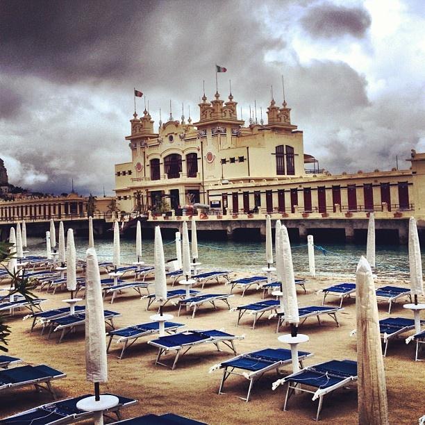 Summer or Winter? #sicilytourism #sea #summer #palermo #sicily