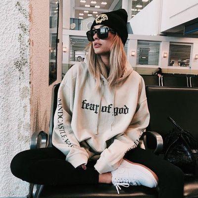 Frauen Lose Harajuku Hoodies Extra lange Ärmel Capuche Sweatshirt mit Print-Print Hip Hop Kpop Kleidung Pullover Streetwear T. Der Preis von gestern: US $ 20.30 (16.47 EUR). Heutiger Preis: US $ 15.23 (12.36 EUR). Rabatt: 25%.