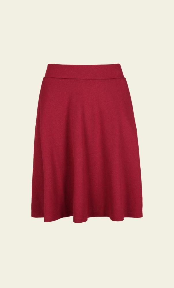 De Sofia Skirt is een wijd uitlopend model met twee handige steekzakken. Combineer deze rok met een blouse en een paar hakken, of juist een losse top en comfortabele gympen. Makkelijk en stijlvol!