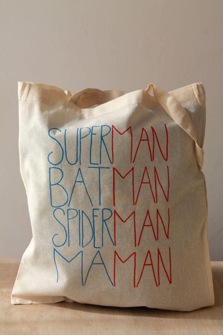 "Tote bag inscription ""superman, batman, spiderman, maman"" : Sacs bandoulière pa…"