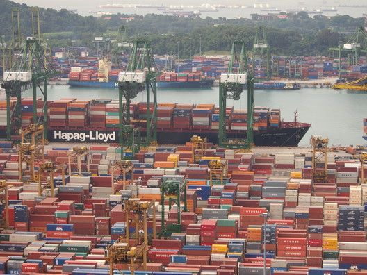 Port of Singapore. Image © Flickr CC user shnapthat
