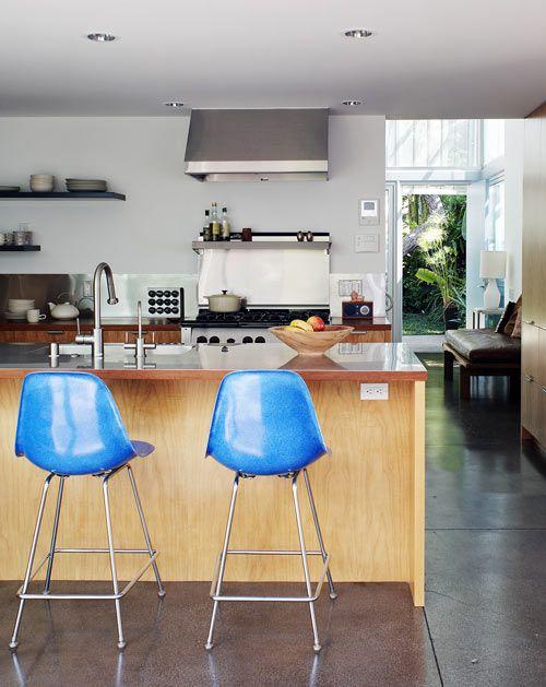 Kitchen    Palms House by Daly Genik Architects