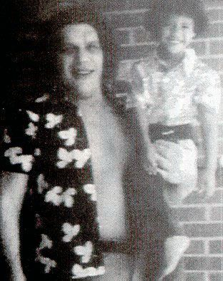 """Classic Photo: Andre the Giant and a young Dwayne """"The Rock"""" Johnson"""
