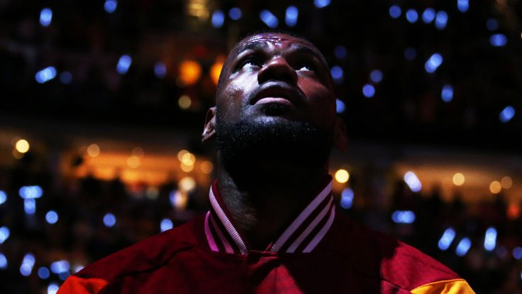 The King's Burden: Saving the Cavs Has Changed LeBron James «