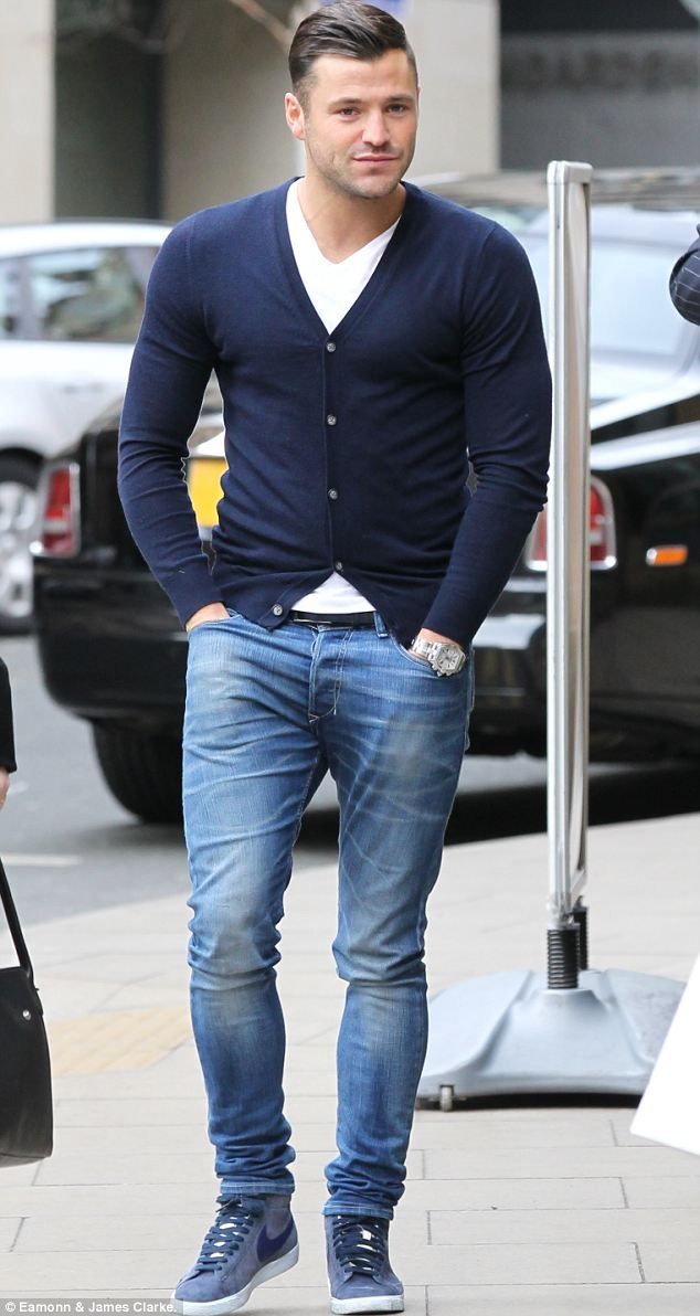 Mark Wright picks up Michelle Keegan from work for lunch date... and co-star Brooke Vincent tags along too | Mail Online