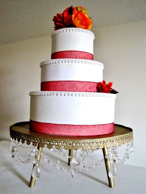 12 wedding cake stand 12 best gold cake stands images on gold cake 10037