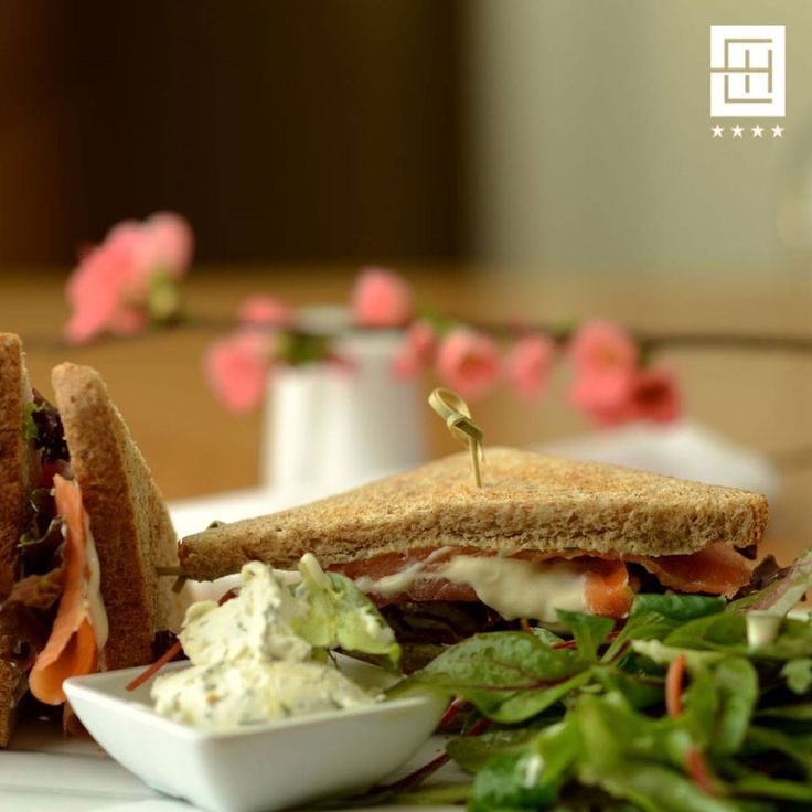 A delicious and healthy snack served throuout the day! Meet our home-cured salmon sandwich!