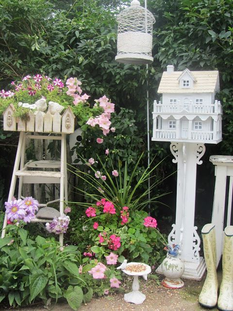 17 best images about junk chic cottage on pinterest vintage dressers outdoor and sweet home Home decorating ideas using junk
