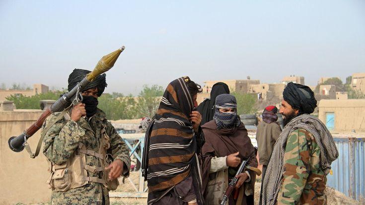 Un responsable militaire américain accuse la Russie d'armer les Taliban, Moscou balaye l'allégation  LES U S A CREE LE CAHOS QUI NE PEUVEES PLUS CONTROLER ALORS IL ACCUSE D'AUTRE PAYS POUR   REJETER LA RESPONSABILITEE DE LEUR   ECHEC SUR LES AUTRES  PAYS   LES U S A SONT LE CANCER DE LA TERRE   MILITAIRE CHIMIQUE FINANCIER  ET LE NON RESPECT DU DROIT INTERNATIONAL