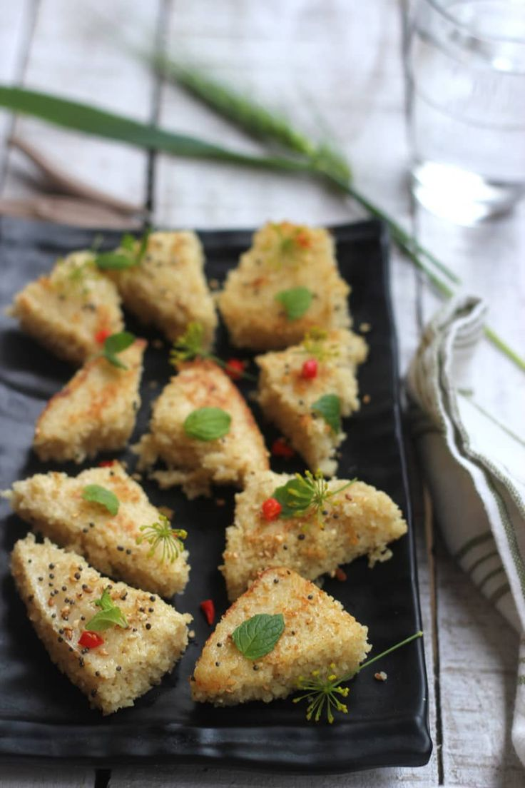This recipe for oats rava dhokla gives you another delicious way to eat oats, if you are tired of eating porridge alone.