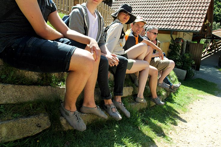 Geat meet up with friends and fans of Paleos for hiking through the bavarian forests of South Germany! Tolles Treffen mit Freunden und Paleos-Fans zum Wandern in den bayrischen Wäldern im Süden Deutschlands!  #paleos #chainmailshoes #footprotection #barefoot #barefootrunning #naturalrunning #shoes #barefootshoes #watershoes #wadingshoe #watersports #whitewater #hiking #running #barfußschuh #minimalistshoes #trailrunning #survival #outdoor #outdoorgear #health #lifestyle #design