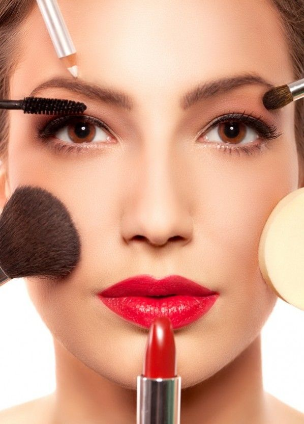 Makeup Tips to Make Your Face Look Thinner...