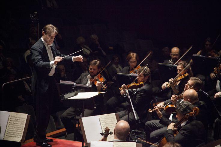 7 Marzo 2015. Roberto Abbado dirige l'Orchestra del Maggio Musicale Fiorentino. © Pietro Paolini / Terraproject / contrasto