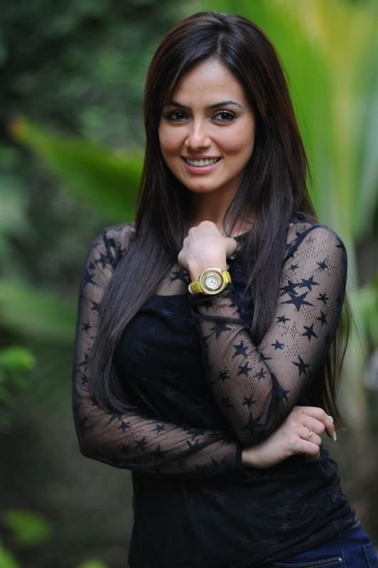 Sana Khan #Bollywood #Fashion