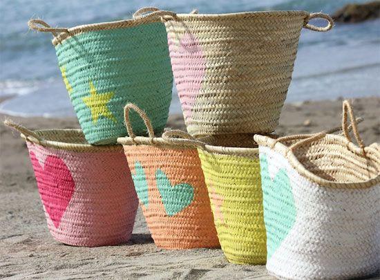 Las cestas pintadas de Angi Alzar