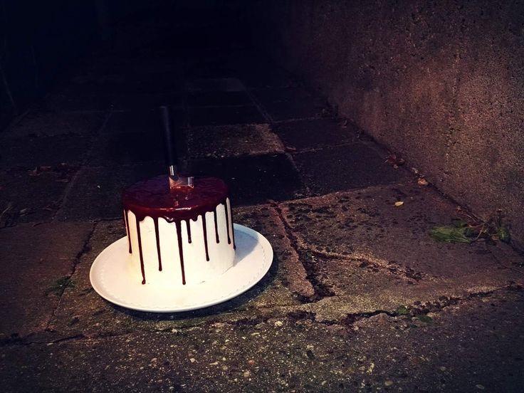 Happy Halloween! The Bloody Cake! Und wieder geht es blutig zu!