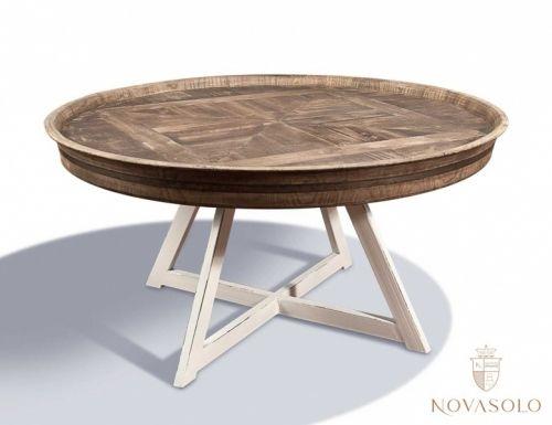 """Tøft og rustikt Java sofabord i resirkulert alm og """"slitt"""" hvitmalt metall! Dette er bordet for deg som ønsker en røff stil - ingen to bord vil være identiske og mindre sprekker og skjevheter er en naturlig og bevisst del av produktet!"""