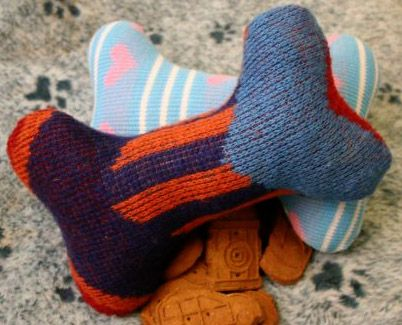 DIY: 2 Stuffed, Squeaky Dog Toy Projects « Pet Project