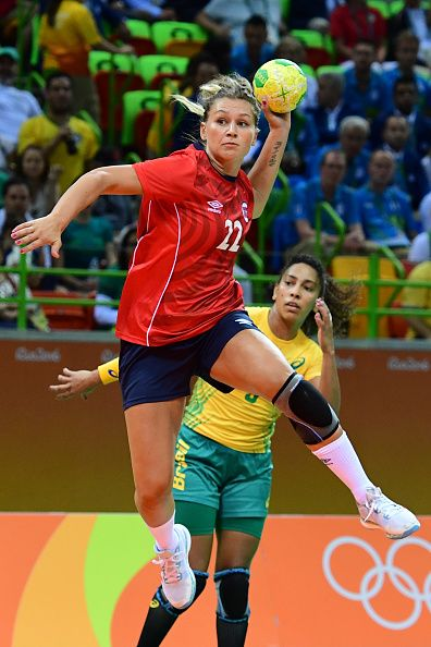 #RIO2016 Best of Day 1 - Norway's right wing Amanda Kurtovic shoots during the women's preliminaries Group A handball match Norway vs Brazil for the Rio 2016 Olympics Games...