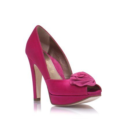 "Today on my favorite show (aka ""The Today Show""), Kathie Lee Gifford & Hoda Kotb showed off their ""Favorite Things"". Kathie Lee said she was a little embarrassed about her favorite thing: these stunning Dana Davis Allie Pink Pumps only because of the $450 price tag, but called them a splurge for a wedding day …"