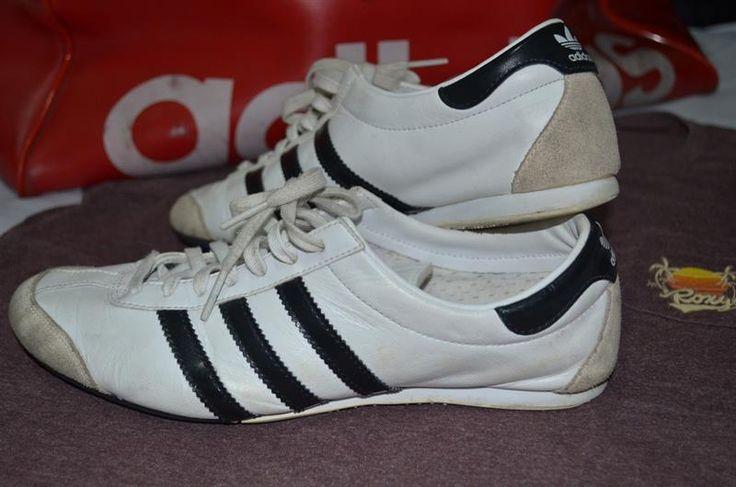Обувь для спортзала адидас