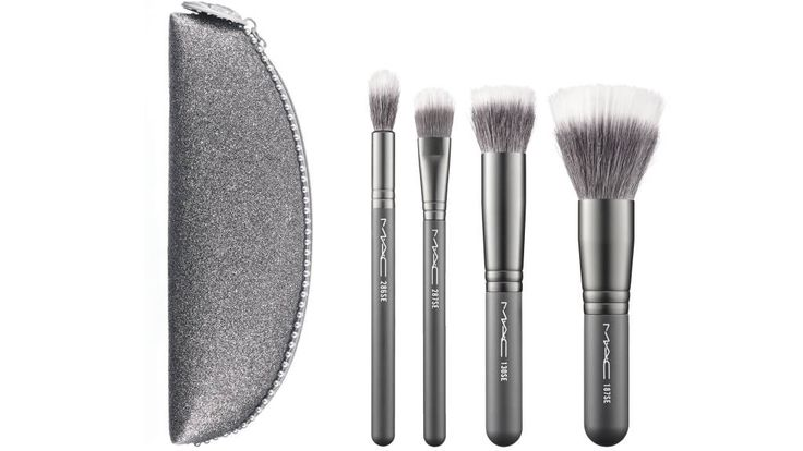 10 Best Makeup Brush Sets for Holiday - Best Makeup Brushes - Harper's BAZAAR