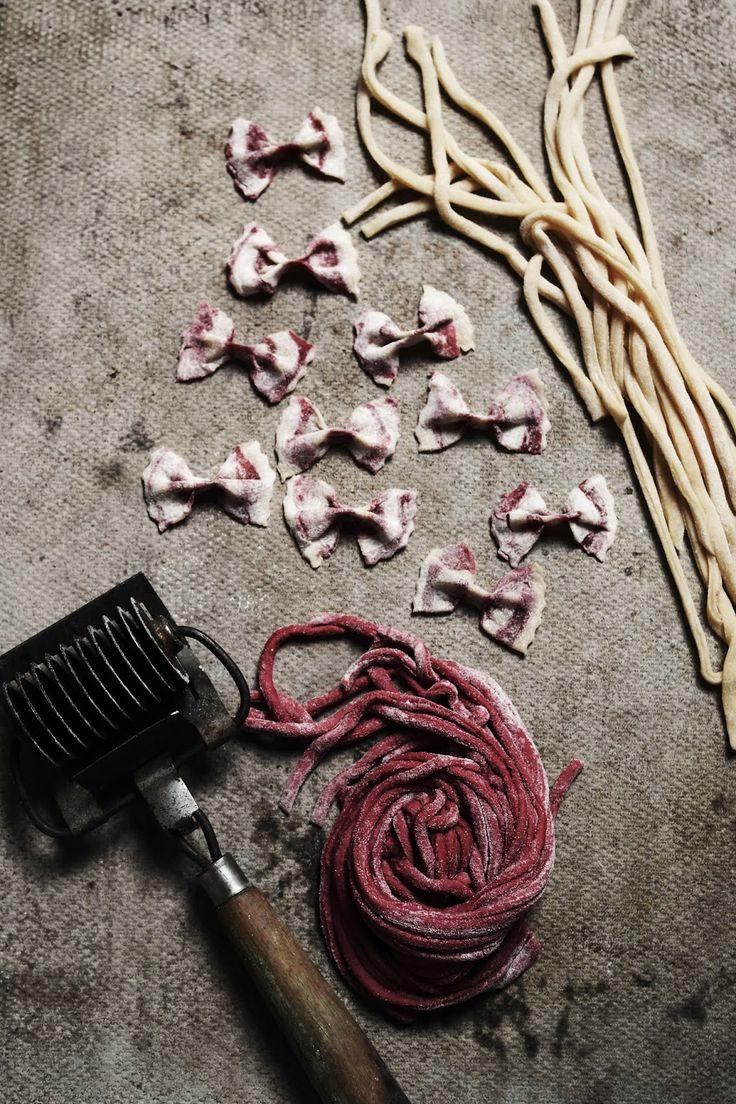... diy striped beetroot pasta ...