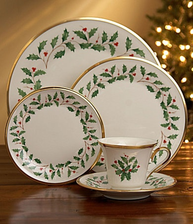 Lenox  Holiday  China ~ My Christmas China. & 432 best Christmas TABLEWARE images on Pinterest | Christmas deco ...