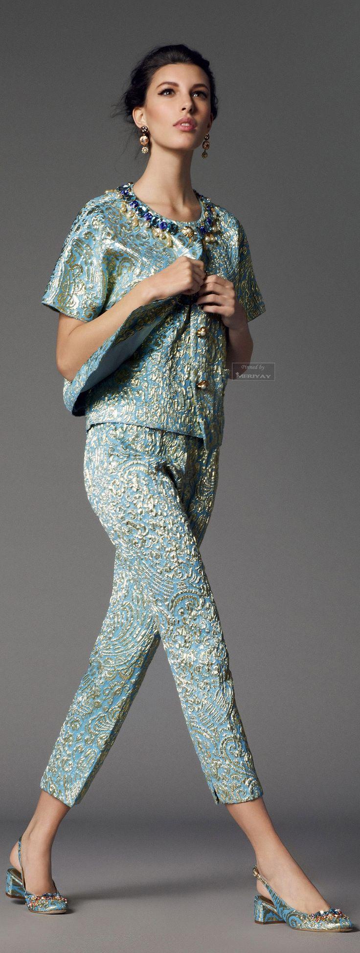 I LOVE this !!!!    Dolce & Gabbana.