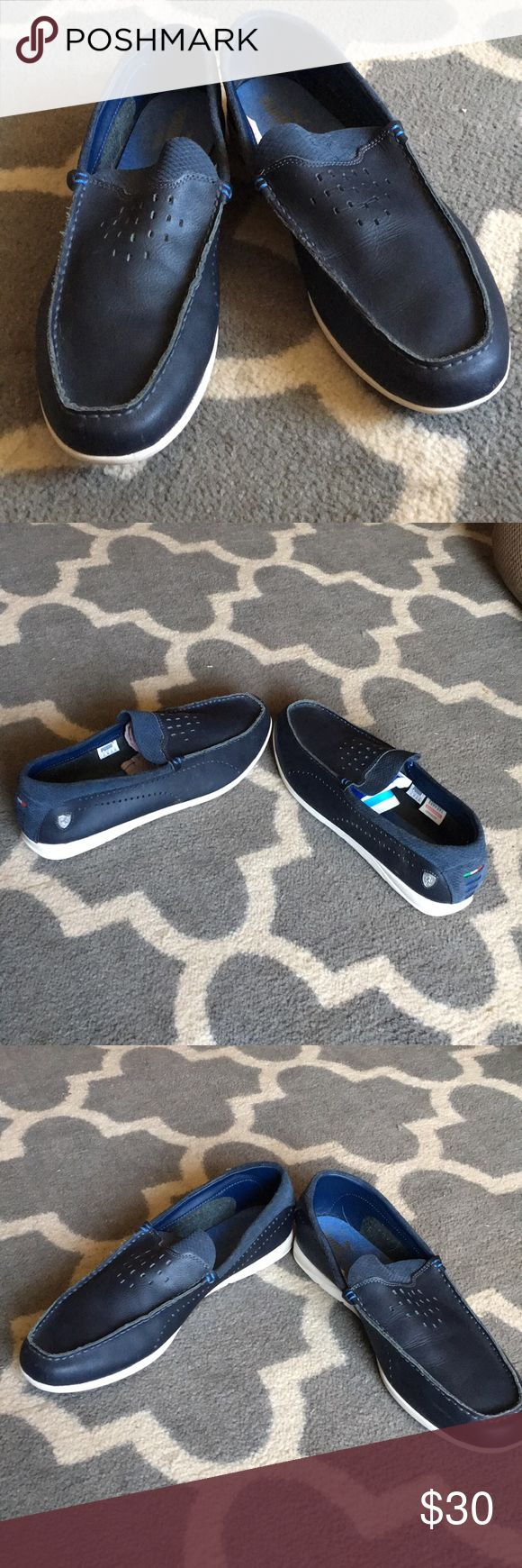 Mens navy puma Ferrari slide sliders Excellent condition Navy colored sliders. Ferrari emblem on sides and back. Puma on front tongue. Shoes Loafers & Slip-Ons
