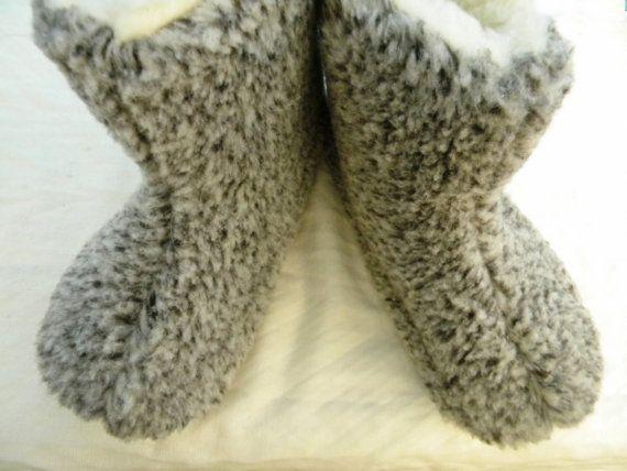 SALE  Handmade lamb's wool Carpet SLIPPERS by TrendingSlippers, $19.99