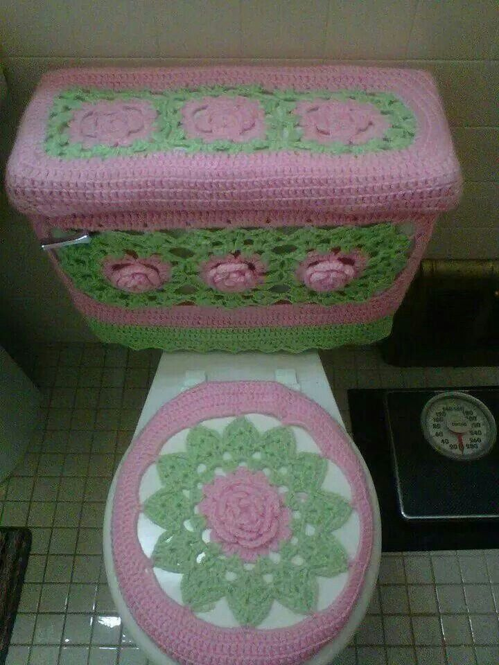 Toilet cover...how much fun is that