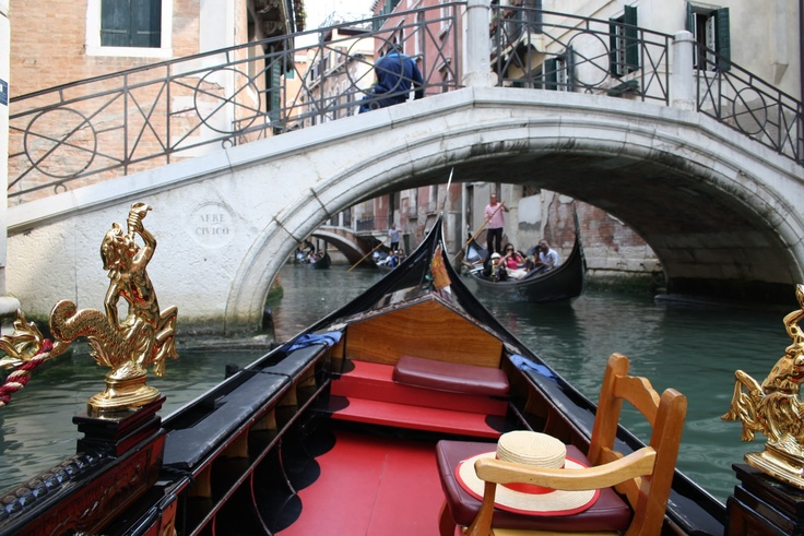 Gondola ride in Venice (Venezia) SA Fashion Girl: travel