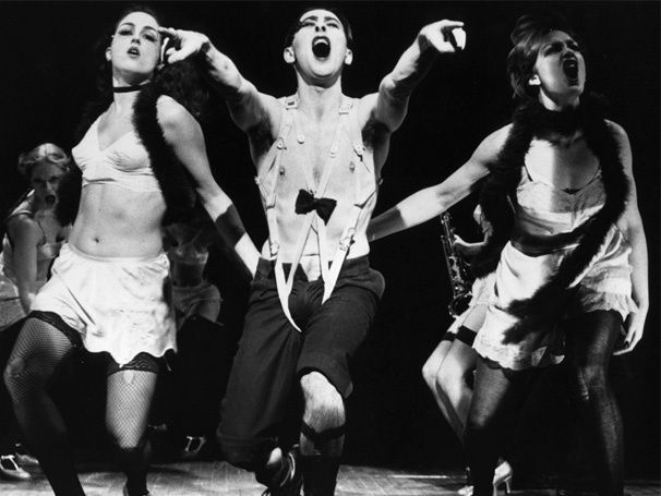 Roundabout Plans New Revival of Cabaret in 2014; Alan Cumming Tapped to Reprise Tony-Winning Role