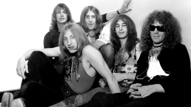 Mott the Hoople  Pictured left to right are Verden Allen, Buffin, Mick Ralphs, Overend Watts and Ian Hunter