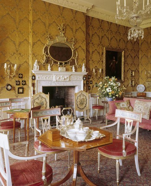 Victoria Manor Apartments: 33 Best Edwardian Interiors Images On Pinterest