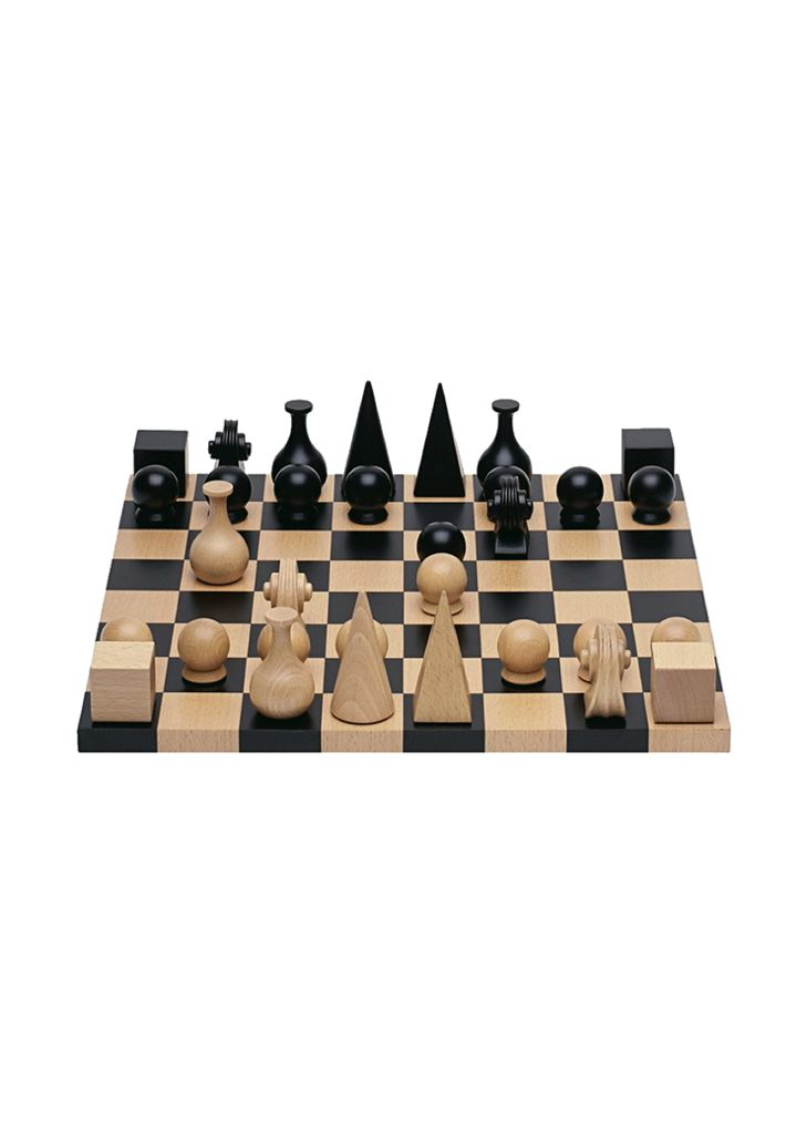 This design was inspired by Man Ray's lifelong friendship with avid chess player and fellow artist Marcel Duchamp. In this re-edition of the 1920s Wooden Chess