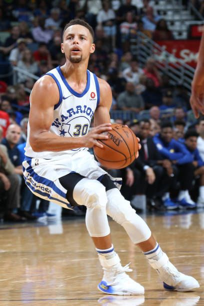 Stephen Curry of the Golden State Warriors handles the ball against the New Orleans Pelicans October 20 2017 at Smoothie King Center in New Orleans...