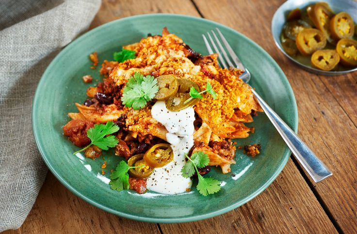 If chilli con carne is a staple in your house then you'll love this easy Mexican-inspired pasta bake recipe. Find more pasta recipes at Tesco Real Food.