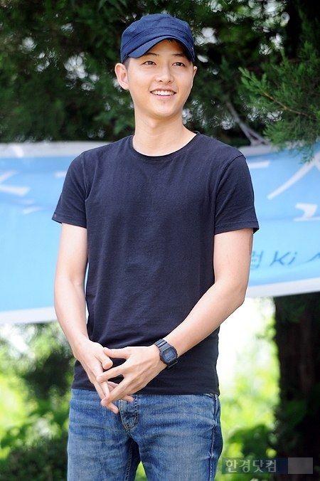 Song Joong Ki's enlistment *25