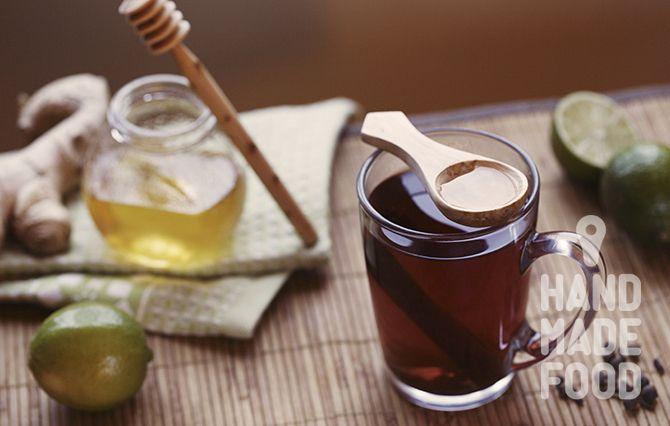 Осенью и зимой согревайте себя вкусно и полезно! http://handmadefood.ru/recipes/immunnostimuliruyuschiy-pryanyy-napitok