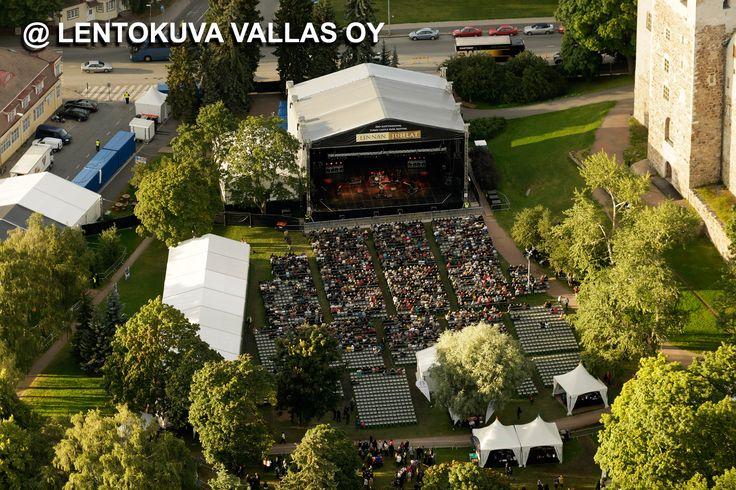 Turku, Turun linna, Linnapuiston konsertti Ilmakuva: Lentokuva Vallas Oy